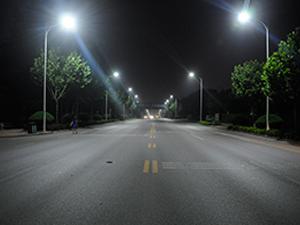 LED路灯正白